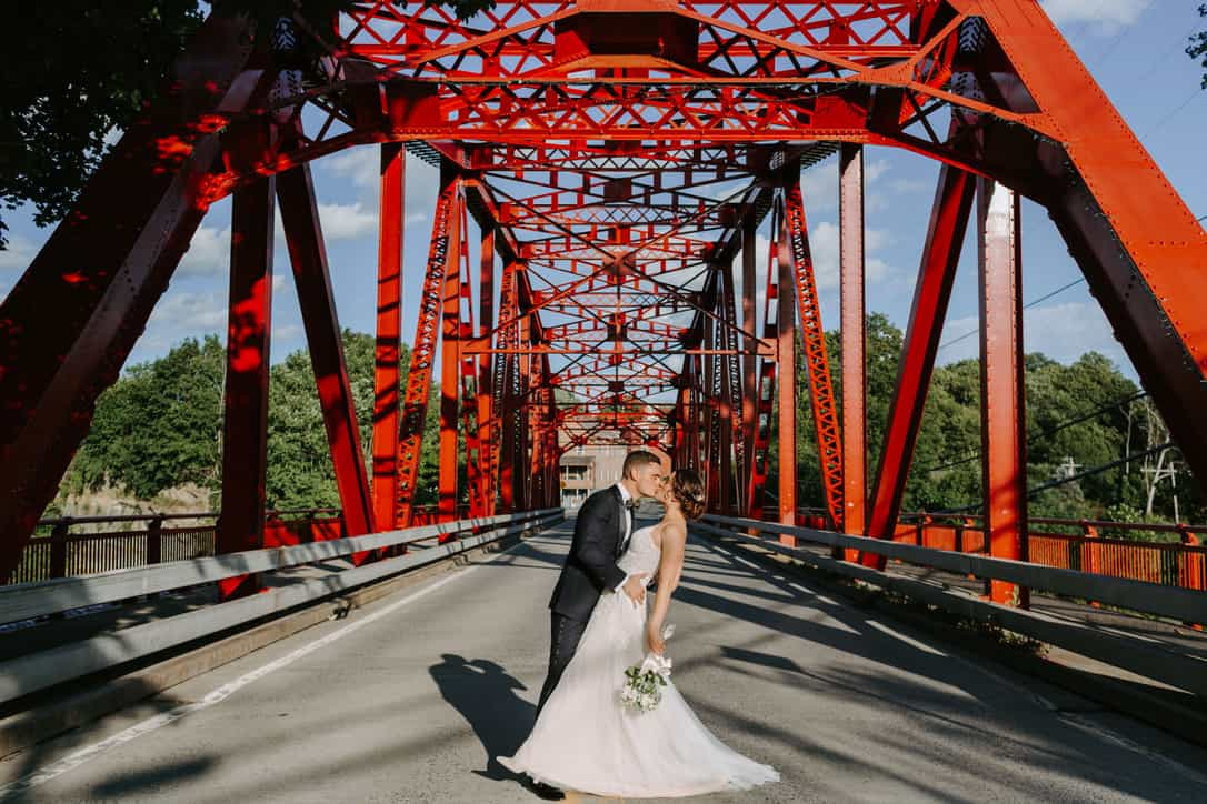 Ally & Eric. Photo courtesy of Hyde Photography.